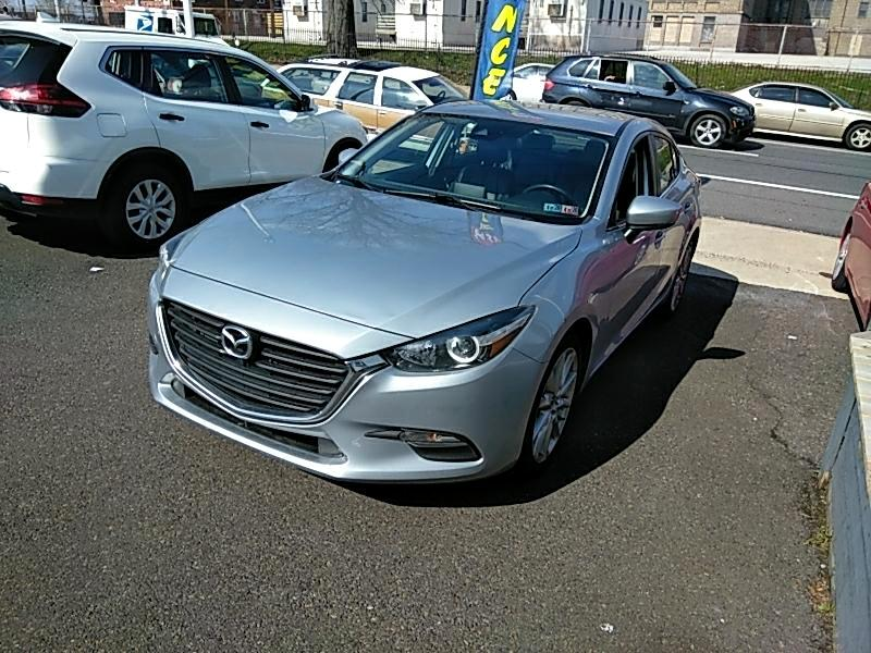 2017 Mazda MAZDA3 i Touring AT 4-Door