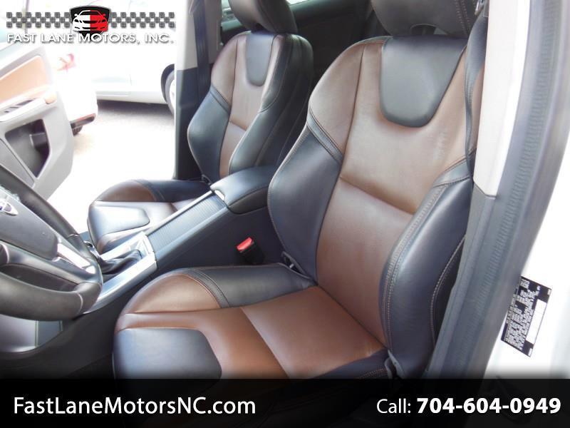 2017 Volvo XC60 T6 Drive-E FWD