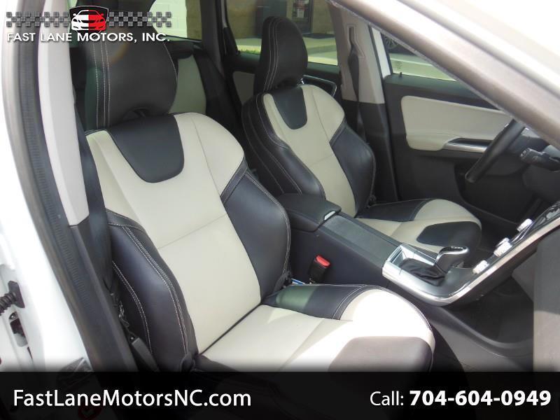 2017 Volvo XC60 T5 Drive-E FWD Dynamic