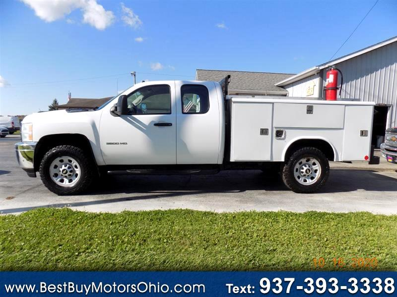 "Chevrolet Silverado 3500HD 4WD Ext Cab 158.2"" DRW Work Truck 2011"