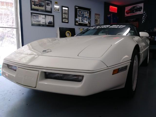 Chevrolet Corvette 2dr Hatchback Coupe 1988