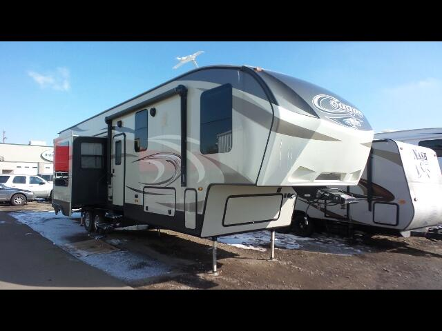 2017 Keystone Cougar 357RLB 5th Wheel