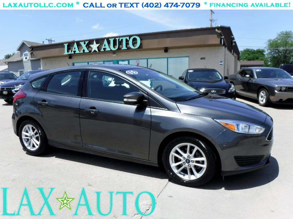 2015 Ford Focus SE Hatch * Only 9K Miles!! * Like New! *