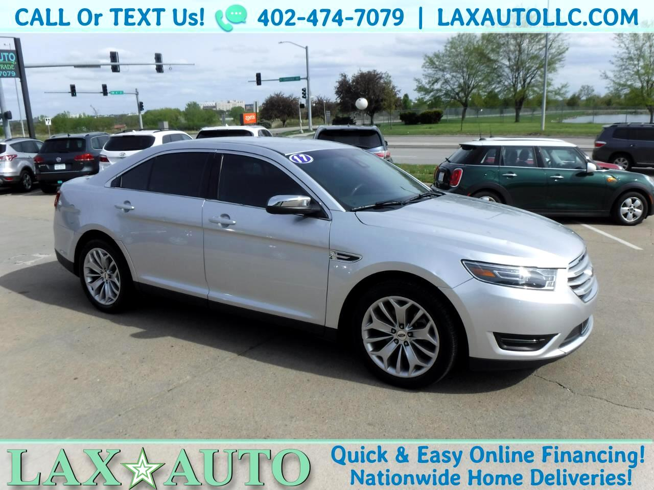 2017 Ford Taurus Limited * Only 20k Miles! Navi! Back-up Cam!