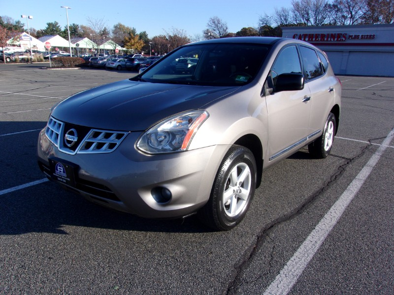 Nissan Rogue S FWD Krom Edition 2012