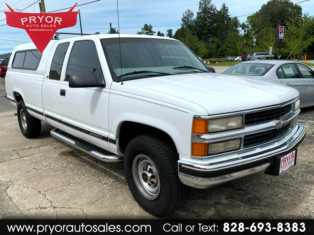 Chevrolet C/K 2500 Ext. Cab 6.5-ft. Bed 2WD 1998