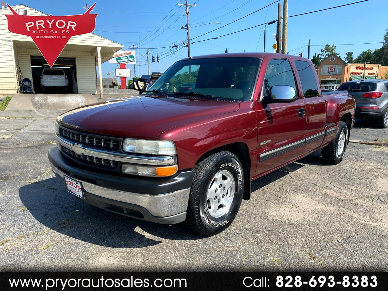 Chevrolet Silverado 1500 LS Ext. Cab 3-Door Long Bed 2WD 2000