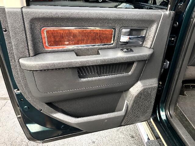 2011 Dodge Ram 1500 4dr Quad Cab 140.5 4WD Laramie