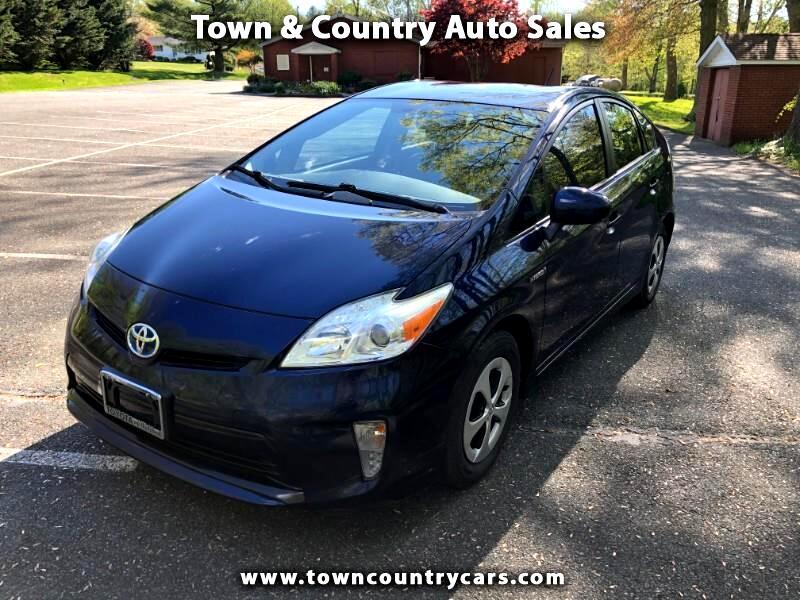 Toyota Prius Prius V 2012