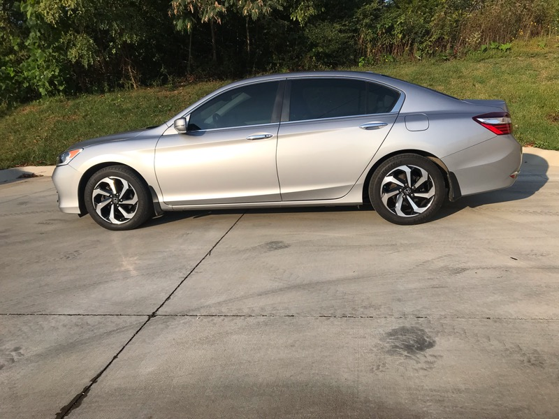 2016 Honda Accord EX-L Sedan CVT w/ Honda Sensing