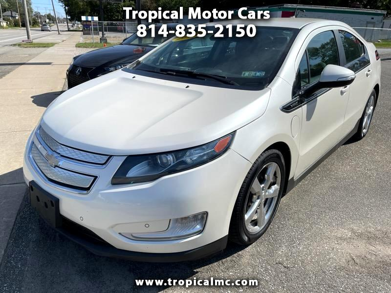 Chevrolet Volt Premium w/ Navigation & LEP 2013
