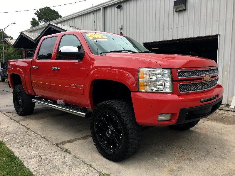 2013 Chevrolet Silverado 1500 LTZ CREW CAB 4WD LEATHER ROOF DVD LIFT RIMS!!!