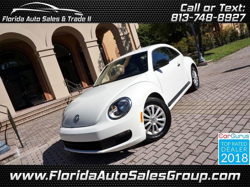 2012 Volkswagen Beetle 2.5L w/ Navigation