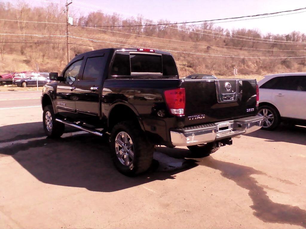 2010 Nissan Titan XE