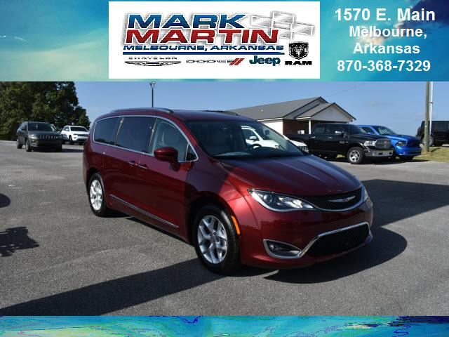 2018 Chrysler Pacifica Touring L Plus 4dr Mini-Van