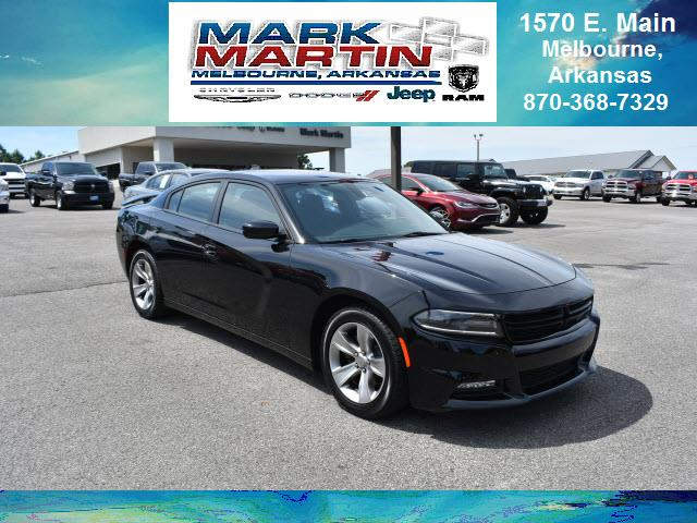 2017 Dodge Charger SXT 4dr Sedan