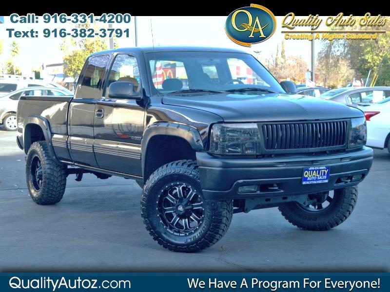 2000 Chevrolet Silverado 1500 Z71 Ext. Cab Short Bed 4WD