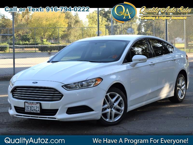 2014 Ford Fusion 4dr Sdn SE FWD