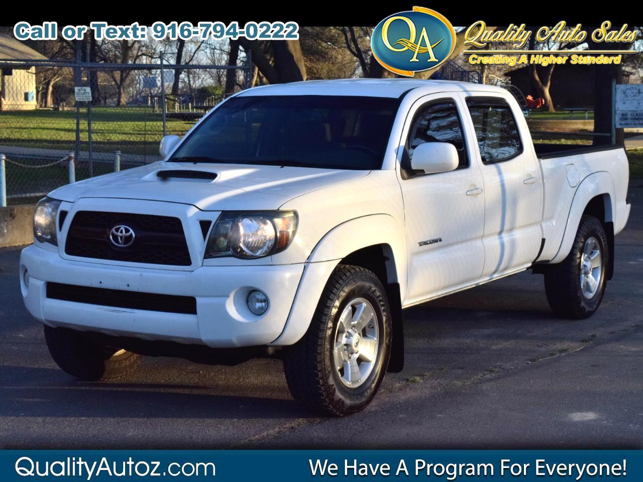 Toyota Tacoma 4WD Double LB V6 AT (Natl) 2011
