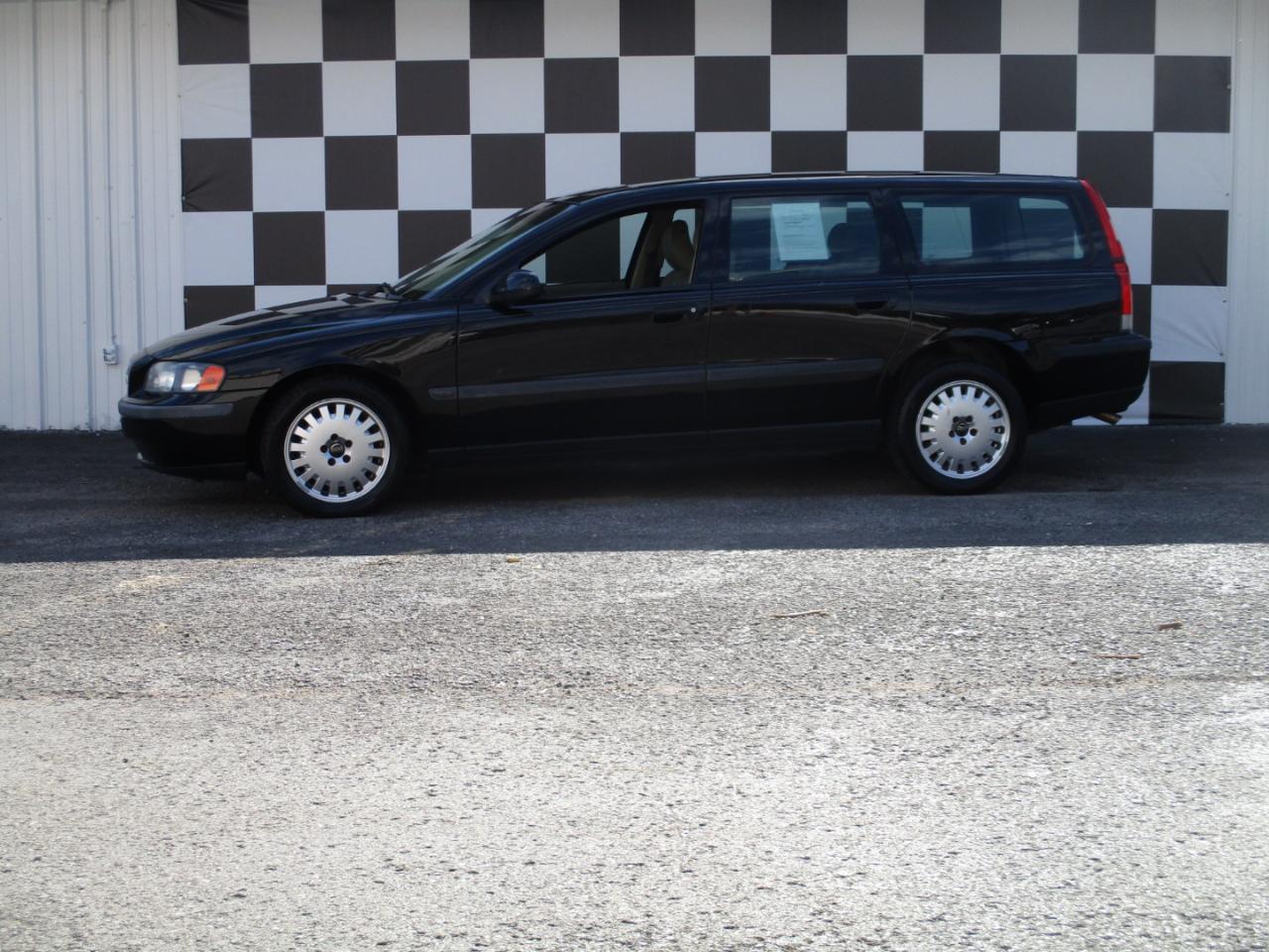 Volvo V70 2.4 M 5dr Wgn 2001