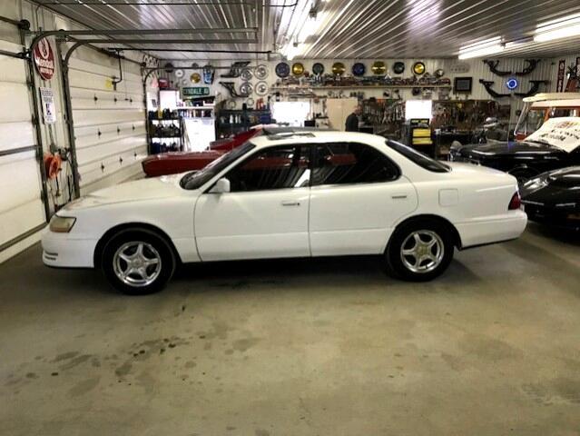 1996 Lexus ES 300 Base