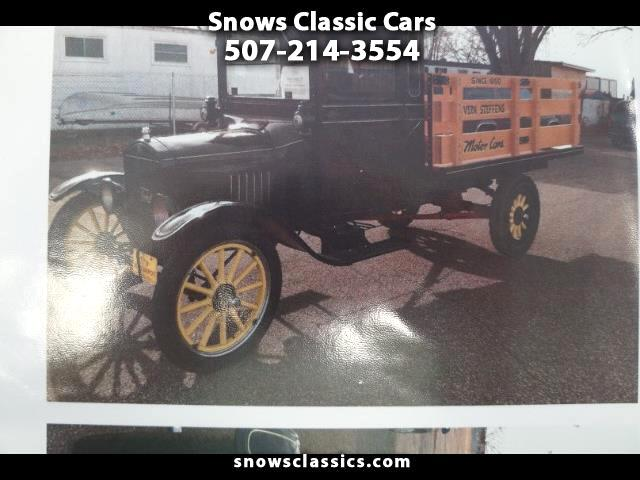 1928 Ford Model T Truck