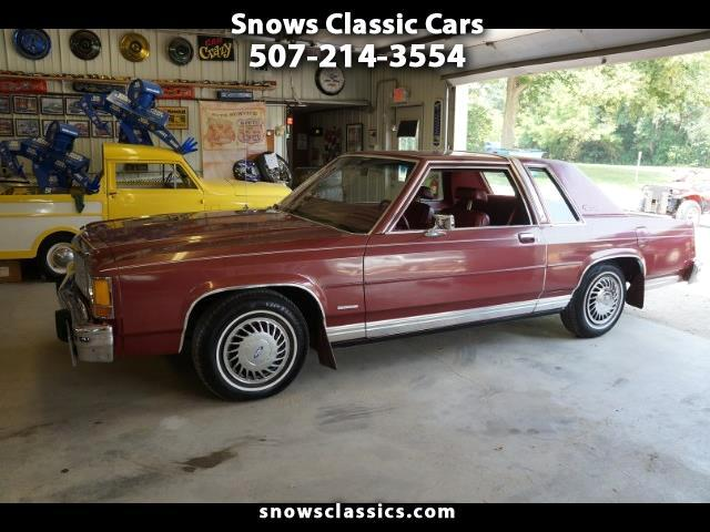 1984 Ford LTD Crown Victoria 2-Door
