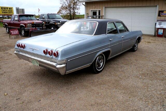 1965 Chevrolet Impala 4dr Sdn