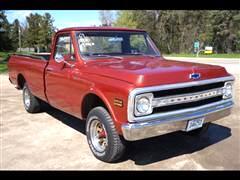 1969 Chevrolet Trucks C10