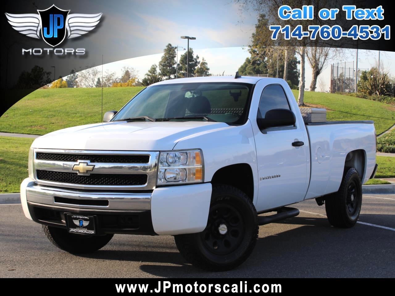 """2009 Chevrolet Silverado 1500 2WD Reg Cab 133.0"""" Work Truck"""
