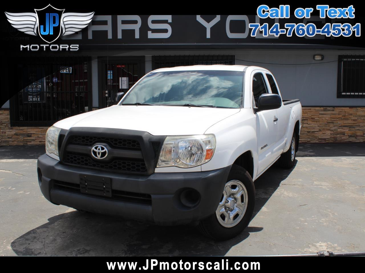 Toyota Tacoma 2WD Access I4 MT (Natl) 2011