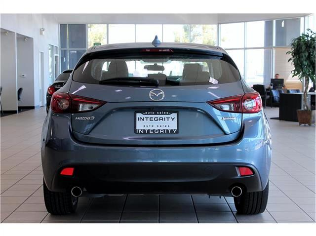 2015 Mazda MAZDA3 s Touring AT 5-Door