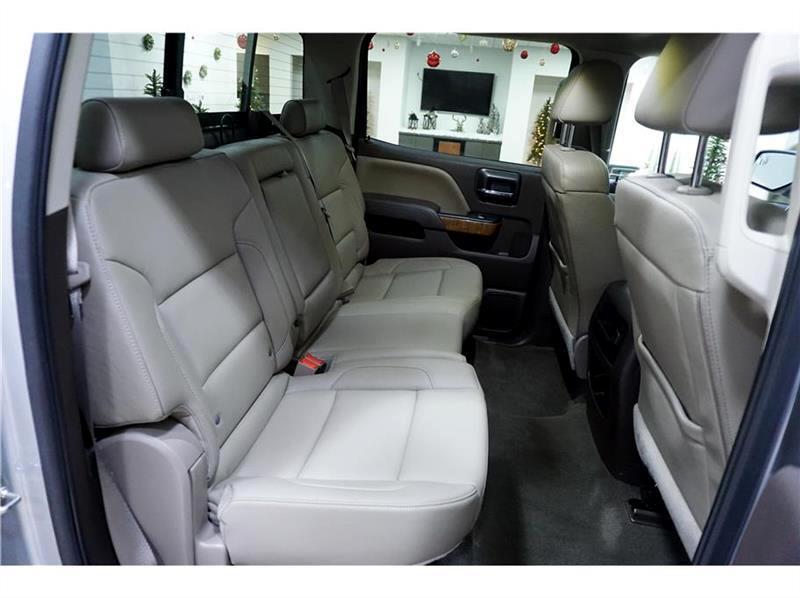 2016 GMC Sierra 1500 SLT Crew Cab Long Box 4WD