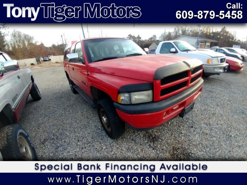 1996 Dodge Ram 2500 ST Club Cab 6.5-ft. Bed 4WD