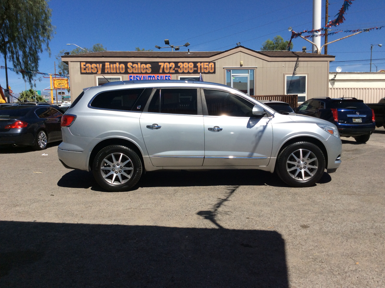 Buick Enclave FWD 4dr Leather 2015