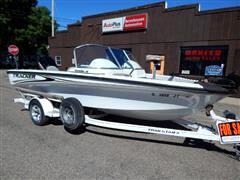 2003 Bass Tracker Bass Boat