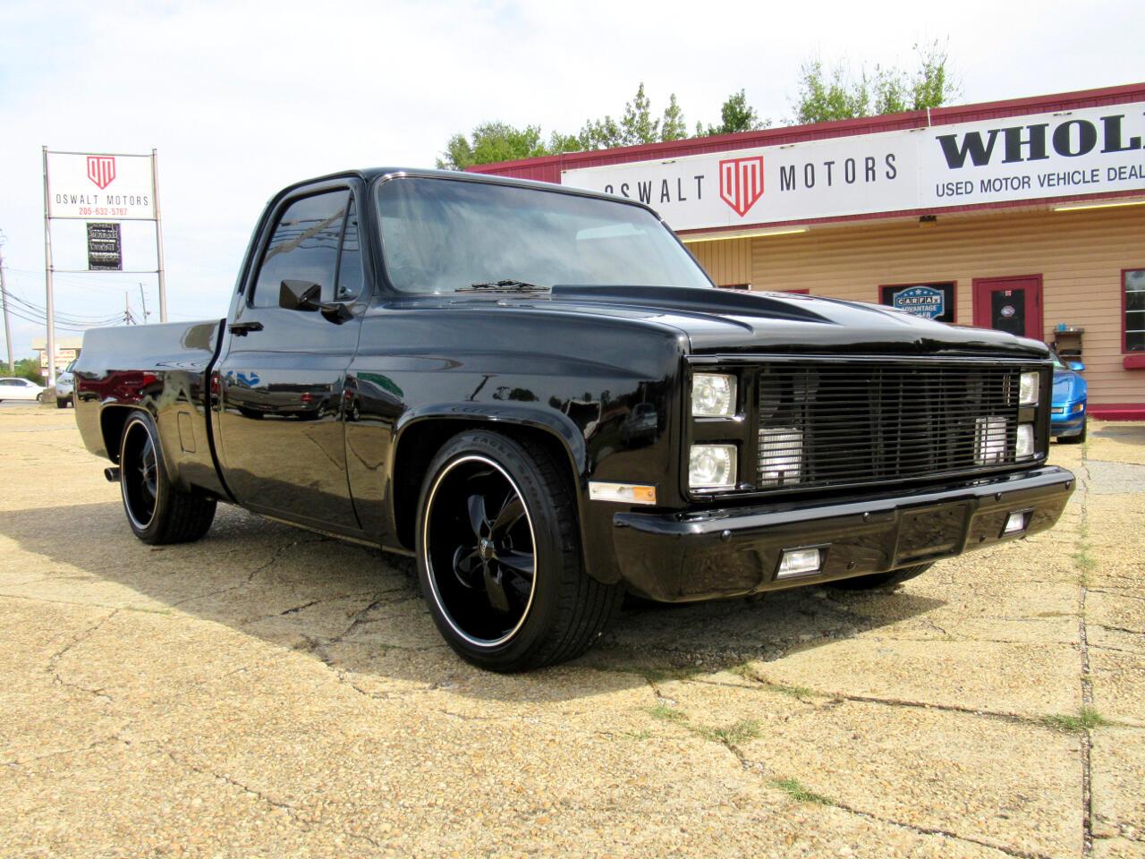 """1984 Chevrolet Pickup C10 Stepside 117.5"""" WB"""