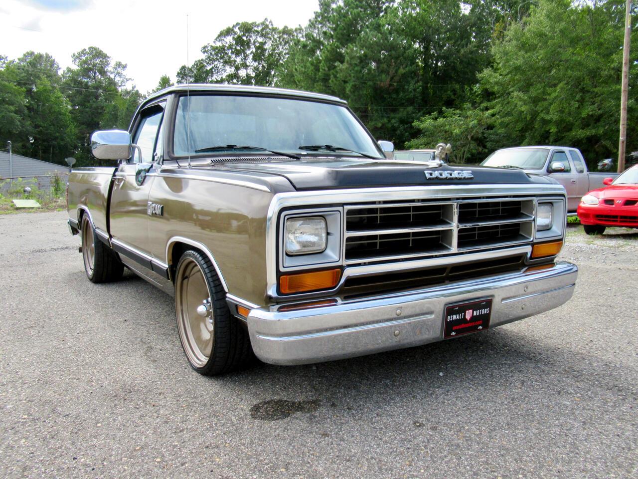 Dodge D150  1988
