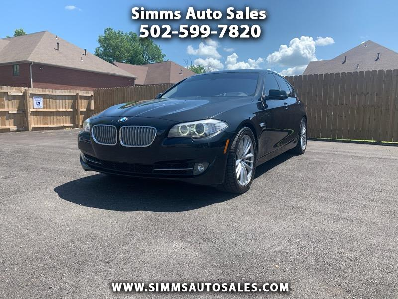 BMW 5-Series 550xi 2011