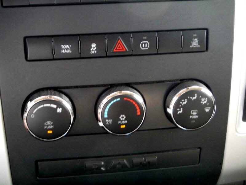 2012 Dodge Ram Pickup 2500 SLT Quad Cab Short Bed 4WD