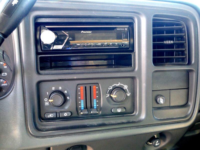 2006 GMC Sierra 2500HD SLE1 Crew Cab 4WD