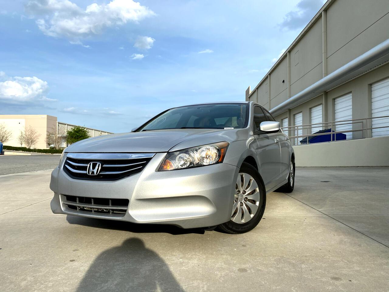 Honda Accord 4dr I4 Auto LX 2012