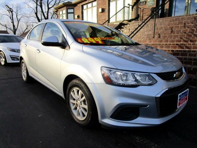 Chevrolet Sonic 4dr Sdn Auto LT 2017
