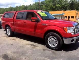 "2011 Ford F-150 2WD SuperCrew 145"" Lariat"