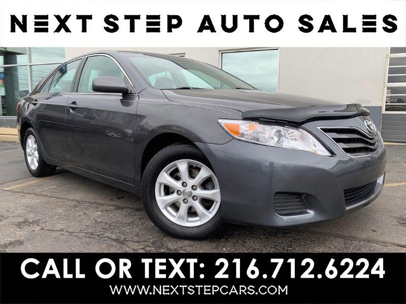 Toyota Camry SE 6-Spd AT 2010