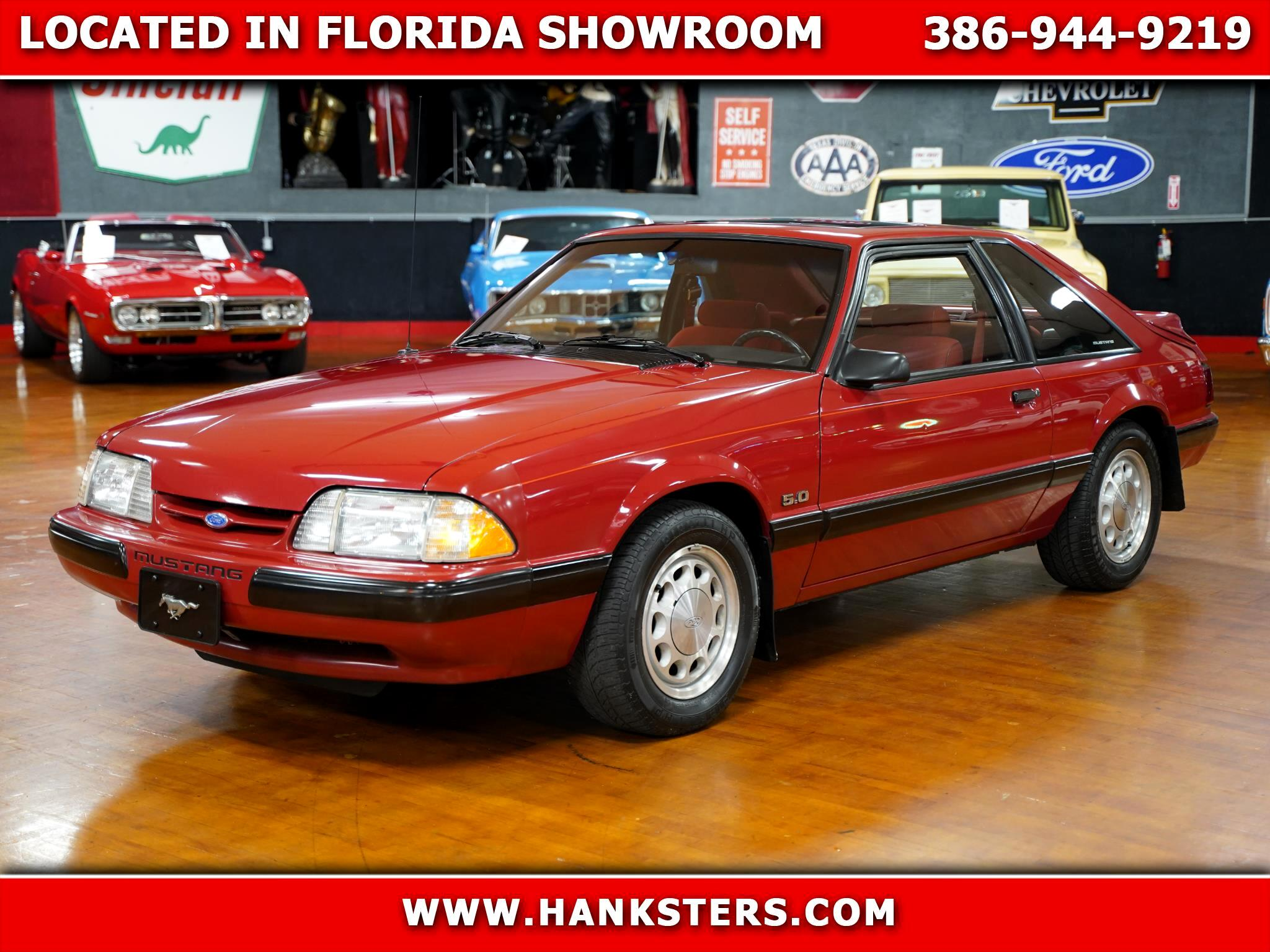 Ford Mustang LX hatchback 1988