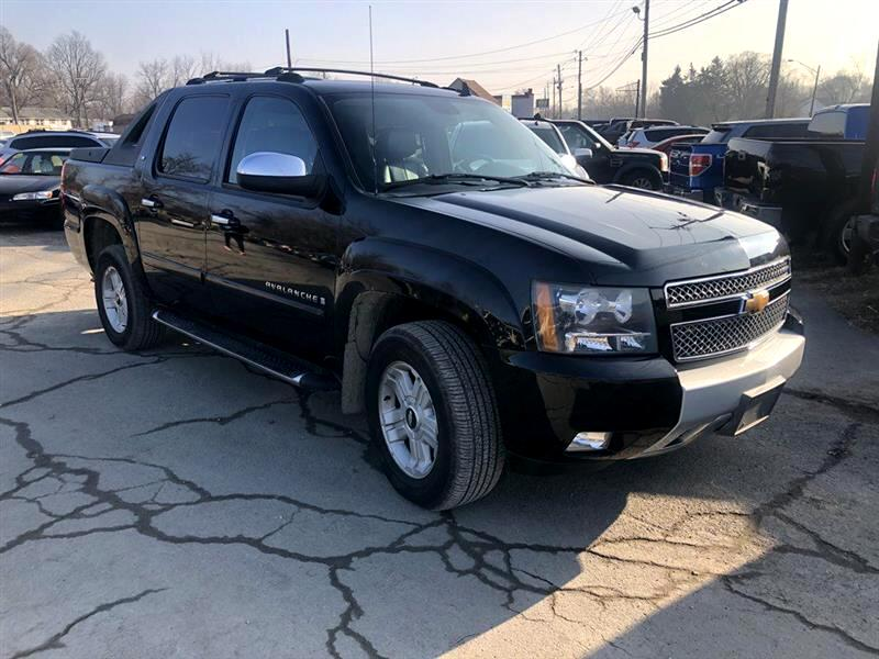 "2007 Chevrolet Avalanche 1500 5dr Crew Cab 130"" WB 4WD Z71"