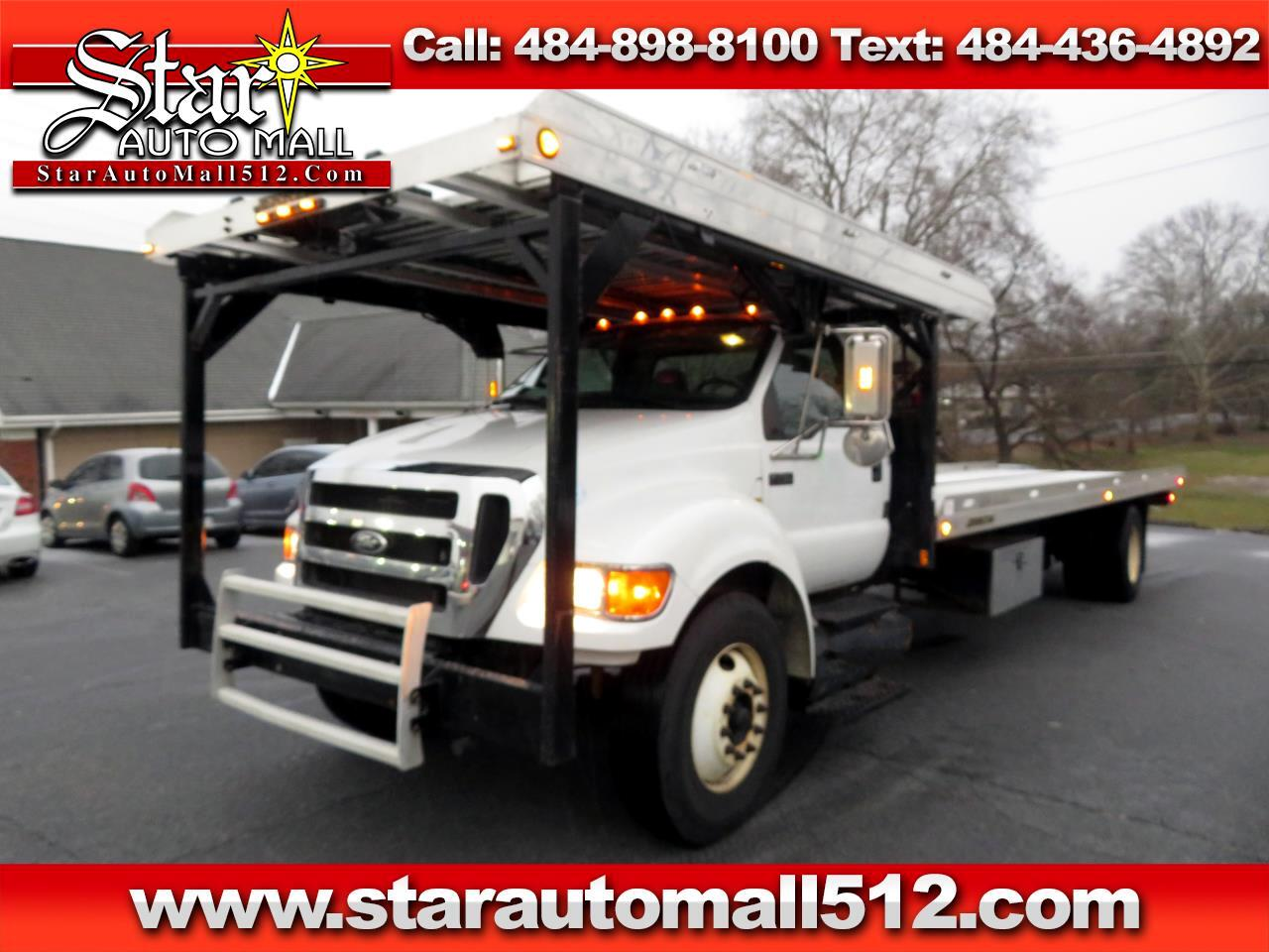 2009 Ford Super Duty F-750 Straight Frame Reg Cab XLT