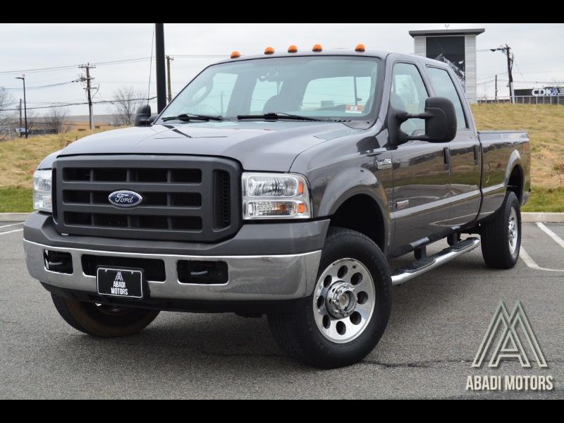 "2005 Ford Super Duty F-350 SRW Crew Cab 172"" XL 4WD"
