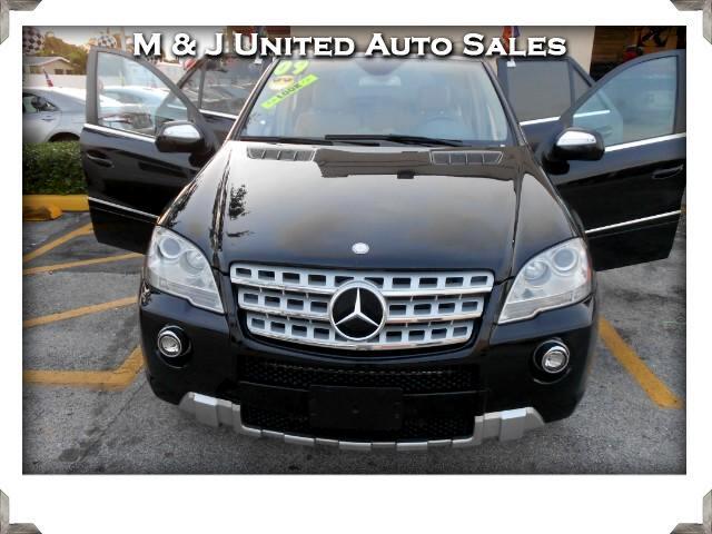 2009 Mercedes-Benz M-Class ML550 4MATIC